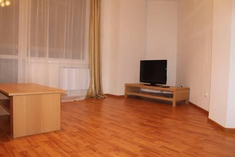 Сдается 2-комнатная квартира посуточнов Екатеринбурге, ул. 8 марта 194.
