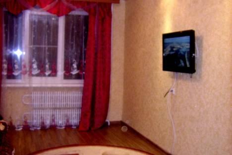 Сдается 3-комнатная квартира посуточно в Астрахани, ул. Рылеева 86.