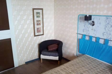 Сдается 2-комнатная квартира посуточно в Кирове, Преображенская 82/1.