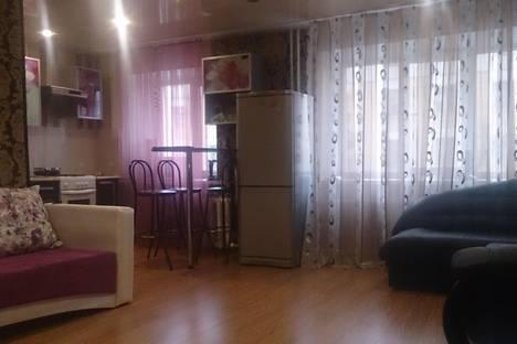 Сдается 2-комнатная квартира посуточно в Воркуте, ул. Ленина, 28.