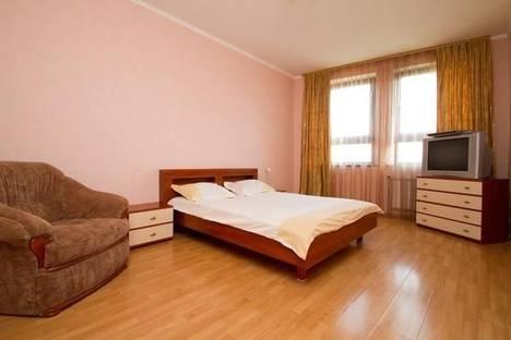 Сдается 1-комнатная квартира посуточнов Тюмени, ул. 50 лет октября, д. 3.