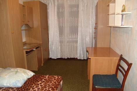Сдается 2-комнатная квартира посуточно в Гурзуфе, ул. Санаторная, д.4, кв. 52.
