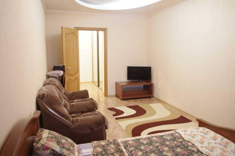 Сдается 1-комнатная квартира посуточнов Тюмени, Холодильная, 138.