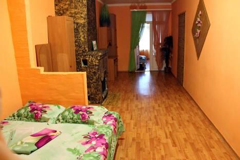 Сдается 2-комнатная квартира посуточнов Новом Свете, ул.Голицина 16.