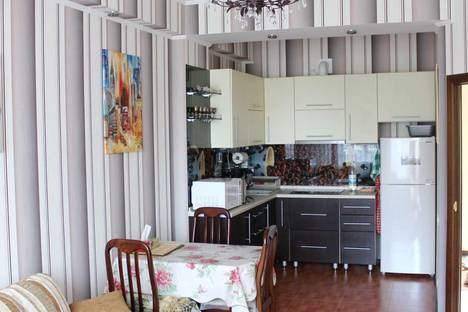 Сдается 2-комнатная квартира посуточно в Партените, Прибрежная, 7.