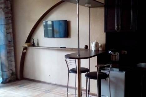 Сдается 1-комнатная квартира посуточно в Алупке, Приморская улица, д. 11, корп. а.