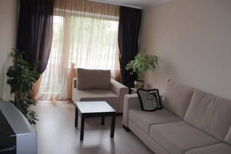Сдается 2-комнатная квартира посуточно, ул.Молодежная д.96 кв.42.