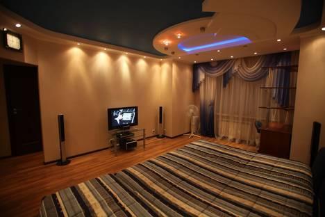 Сдается 1-комнатная квартира посуточно в Сургуте, бульвар Свободы, 8.