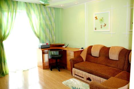 Сдается 2-комнатная квартира посуточно в Судаке, Коммунальная 5, 5.