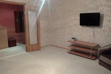 Сдается 2-комнатная квартира посуточно в Абакане, Крылова, 106.