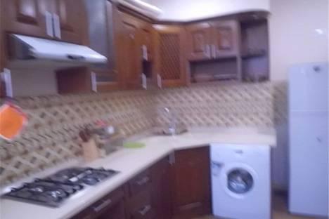 Сдается 1-комнатная квартира посуточнов Омске, Иртышская Набережная 33.