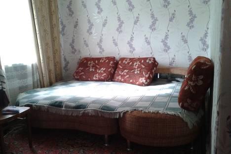 Сдается 1-комнатная квартира посуточно в Геленджике, ул. Мичурина, 20.