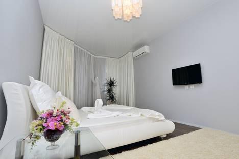 Сдается 1-комнатная квартира посуточно в Саратове, ул. Советская, 83/89.