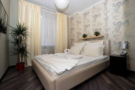 Сдается 2-комнатная квартира посуточно в Саратове, Ул.Вольский переулок 15.