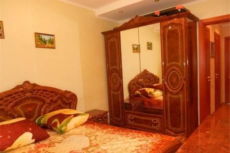 Сдается 1-комнатная квартира посуточнов Омске, Тимуровский Проезд 2.