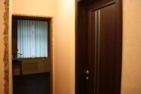 Сдается 2-комнатная квартира посуточнов Запорожье, 12-Апреля 6.