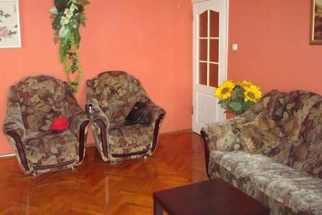 Сдается 2-комнатная квартира посуточно в Туапсе, ул. Армавирская, 11.