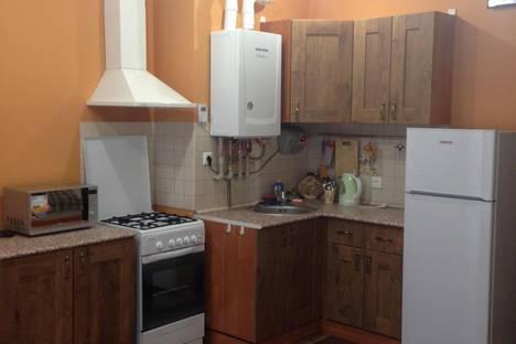 Сдается 1-комнатная квартира посуточно в Адлере, ул. Просвещения, 148.