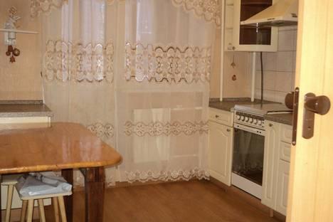 Сдается 1-комнатная квартира посуточнов Жуковском, ул. Гудкова,  13.