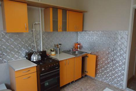 Сдается 1-комнатная квартира посуточно в Миассе, ул.Лихачева д.43.