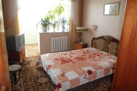 Сдается 2-комнатная квартира посуточно, Таврическая 3.