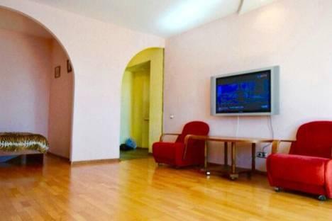 Сдается 1-комнатная квартира посуточнов Казани, ул. Сибгата Хакима, 46.