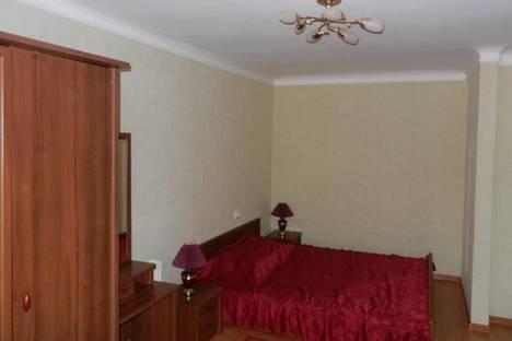 Сдается 1-комнатная квартира посуточно в Бердянске, ул. Урицкого, 5.
