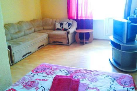 Сдается 1-комнатная квартира посуточно в Симферополе, Ракетная улица, 12.