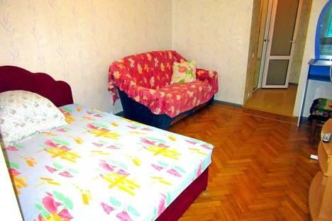 Сдается 1-комнатная квартира посуточно в Ялте, Верхнеслободская ул., 8.