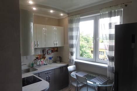Сдается 1-комнатная квартира посуточно в Сочи, ул. Красноармейская, 7.