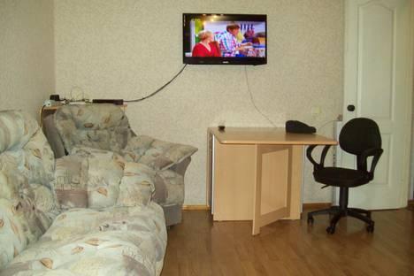 Сдается 1-комнатная квартира посуточно в Архангельске, ул. Воскресенская 11.