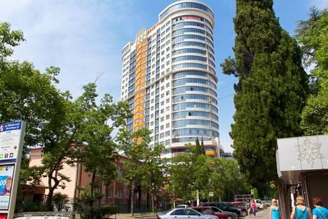 Сдается 2-комнатная квартира посуточнов Сочи, ул. Воровского, 41.