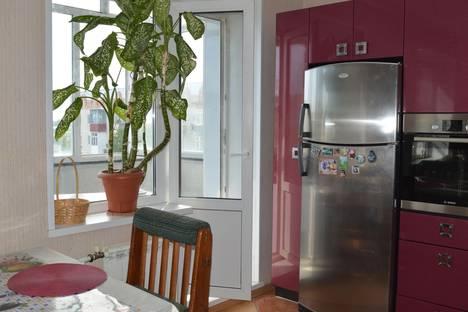 Сдается 3-комнатная квартира посуточнов Мегионе, Строителей, 19.