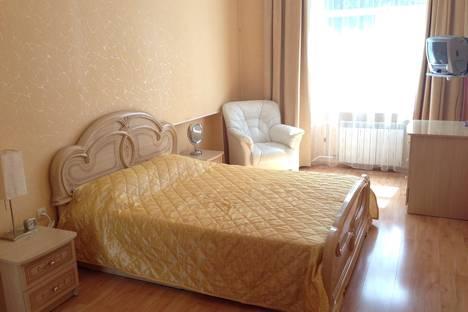 Сдается 3-комнатная квартира посуточнов Санкт-Петербурге, Московский район, Авиационная улица, д.18.