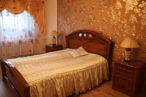 Сдается 3-комнатная квартира посуточно, Сиреневая 4.