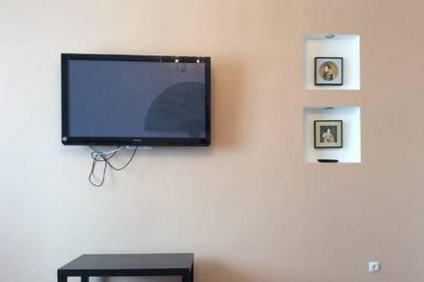 Сдается 1-комнатная квартира посуточно в Тюмени, мельникайте,93.