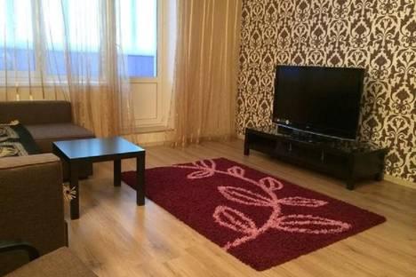 Сдается 1-комнатная квартира посуточно в Тюмени, ямская,96.