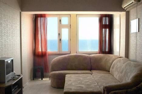 Сдается 2-комнатная квартира посуточно в Алупке, Улица Ленина 35Б.
