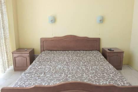 Сдается 1-комнатная квартира посуточнов Алупке, Улица Ленина 35Б.