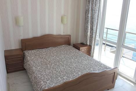 Сдается 1-комнатная квартира посуточно в Алупке, Улица Ленина 35Б.