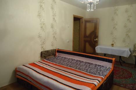 Сдается 2-комнатная квартира посуточно в Ельце, генерала Костенко 44а.
