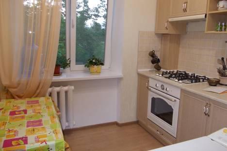 Сдается 1-комнатная квартира посуточно в Феодосии, ул.Галерейная , 19.