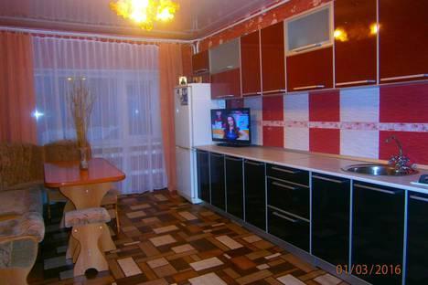 Сдается 4-комнатная квартира посуточнов Дивееве, ул. Покровская, 16 кв. 1.
