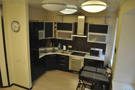 Сдается 3-комнатная квартира посуточнов Екатеринбурге, Ленина 52/3а.