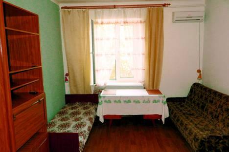 Сдается комната посуточно в Таганроге, переулок Итальянский, 3.