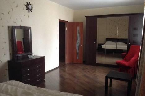 Сдается 1-комнатная квартира посуточнов Екатеринбурге, Ясная улица, 31.