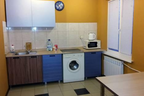 Сдается 2-комнатная квартира посуточно в Волжском, ул. 7 Автодорога, , дом.30.