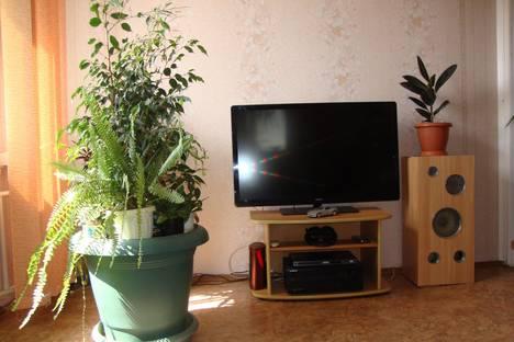 Сдается 1-комнатная квартира посуточно в Алуште, ул. 60 лет СССР 7.