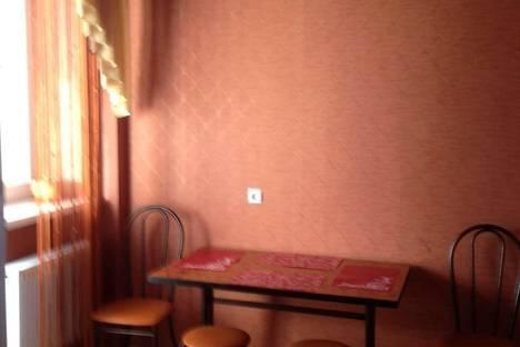 Сдается 2-комнатная квартира посуточно в Армавире, 2-урицкого 47.