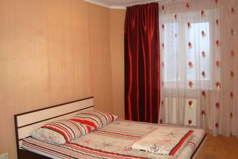 Сдается 3-комнатная квартира посуточно, проспект Строителей 38.